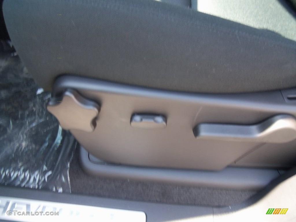 2012 Silverado 1500 LT Extended Cab 4x4 - Graystone Metallic / Ebony photo #18