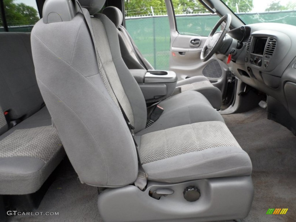 ford  xlt supercab  front seat photo  gtcarlotcom