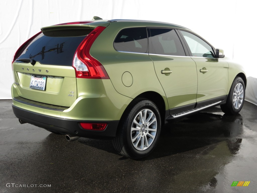 lime grass green metallic 2010 volvo xc60 t6 awd r design. Black Bedroom Furniture Sets. Home Design Ideas