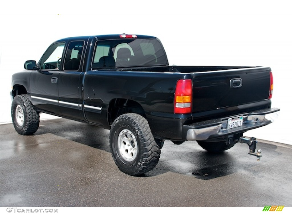 2002 Silverado 1500 LS Extended Cab - Onyx Black / Graphite Gray photo #2