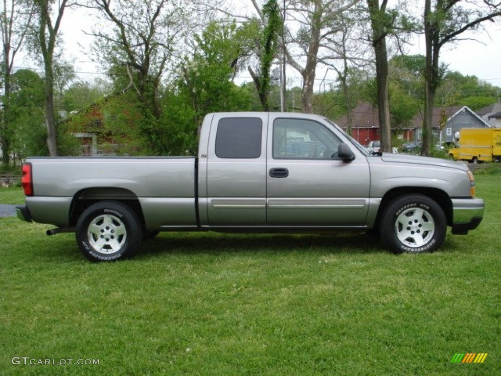 2006 Silverado 1500 LT Extended Cab - Graystone Metallic / Dark Charcoal photo #1