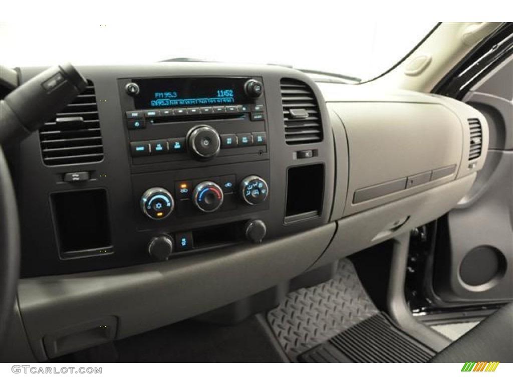 2012 Silverado 1500 LS Extended Cab 4x4 - Black / Dark Titanium photo #6