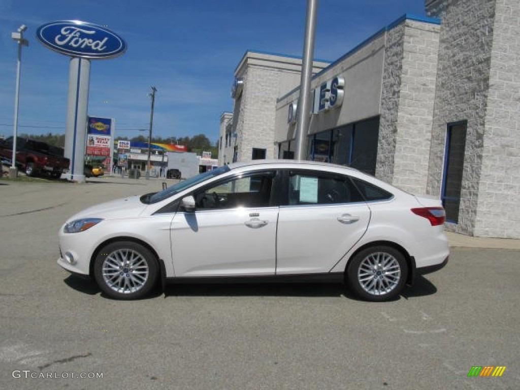 2012 Focus SEL Sedan - White Platinum Tricoat Metallic / Charcoal Black Leather photo #2