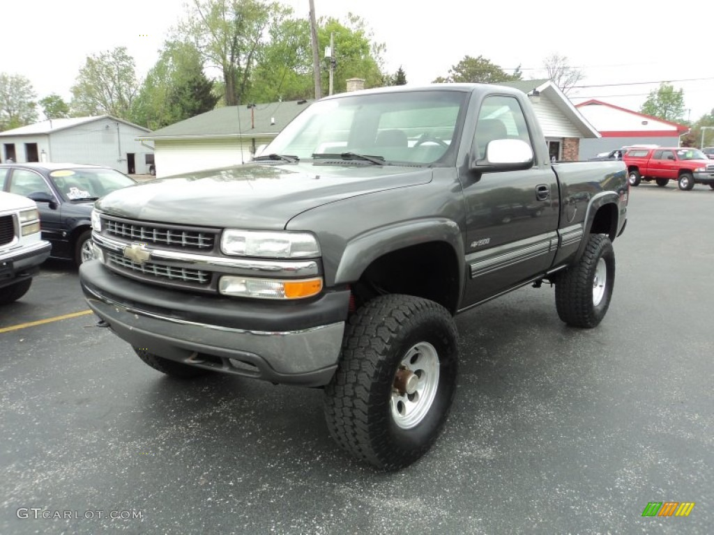 2002 Silverado 1500 LS Regular Cab 4x4 - Medium Charcoal Gray Metallic / Graphite Gray photo #2