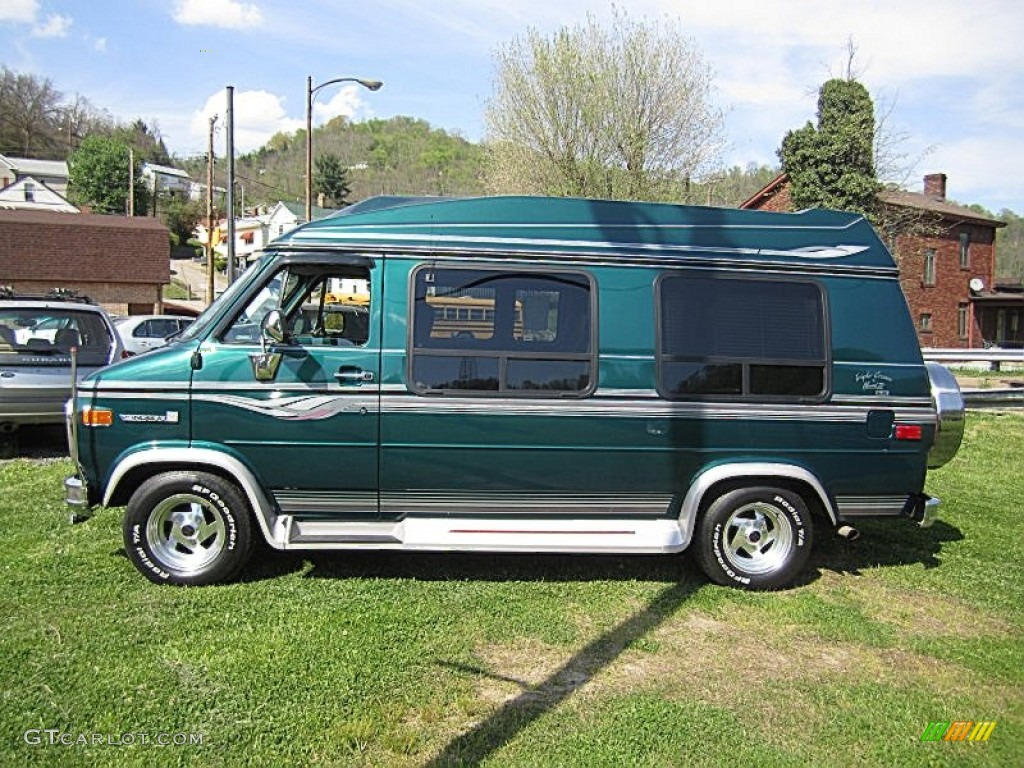 Emerald Green Metallic 1995 GMC Vandura G2500 Conversion Van Exterior Photo 64164721