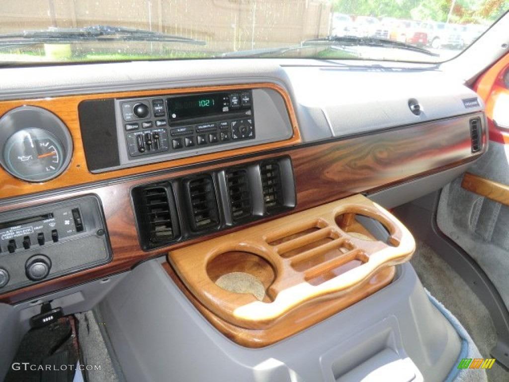 on 1997 Dodge Ram 2500 White