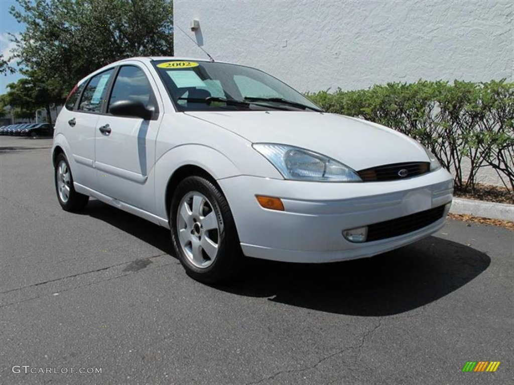 cloud 9 white 2002 ford focus zx5 hatchback exterior photo. Black Bedroom Furniture Sets. Home Design Ideas