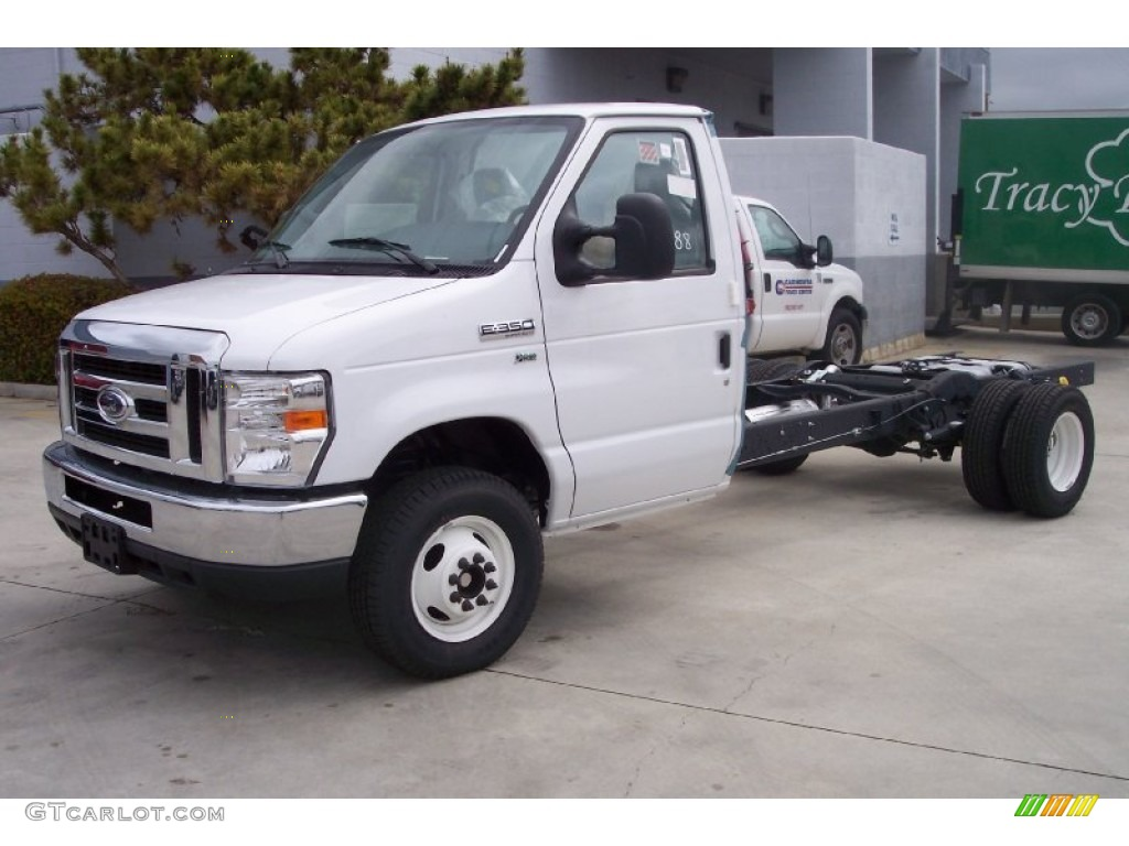 2001 Ford F 150 Wiring Diagram in addition 2006 Ford F350 Fuse Box Diagram as well 1981 Land Rover Series Iii 88 Swb furthermore 1242656 1999 E350 Extended Pass Van Towing Help as well Ford Shift Indicator. on 2000 ford e350