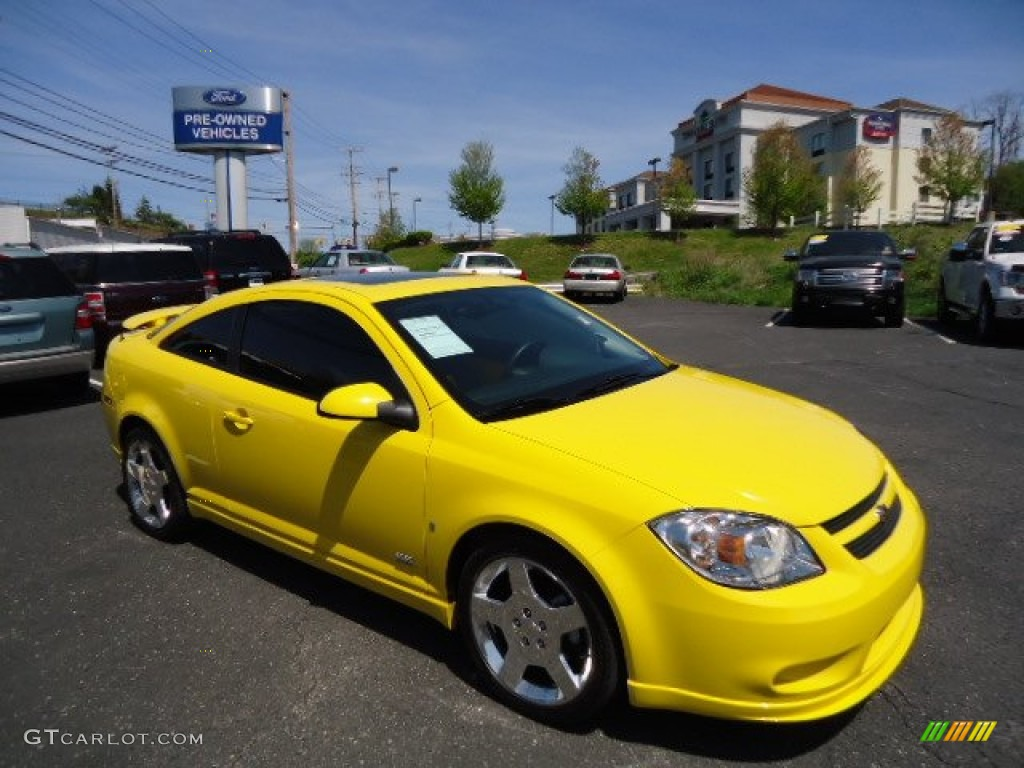 2007 rally yellow chevrolet cobalt ss supercharged coupe. Black Bedroom Furniture Sets. Home Design Ideas