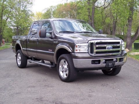 2006 ford f350 super duty lariat crew cab 4x4 data info and specs. Black Bedroom Furniture Sets. Home Design Ideas