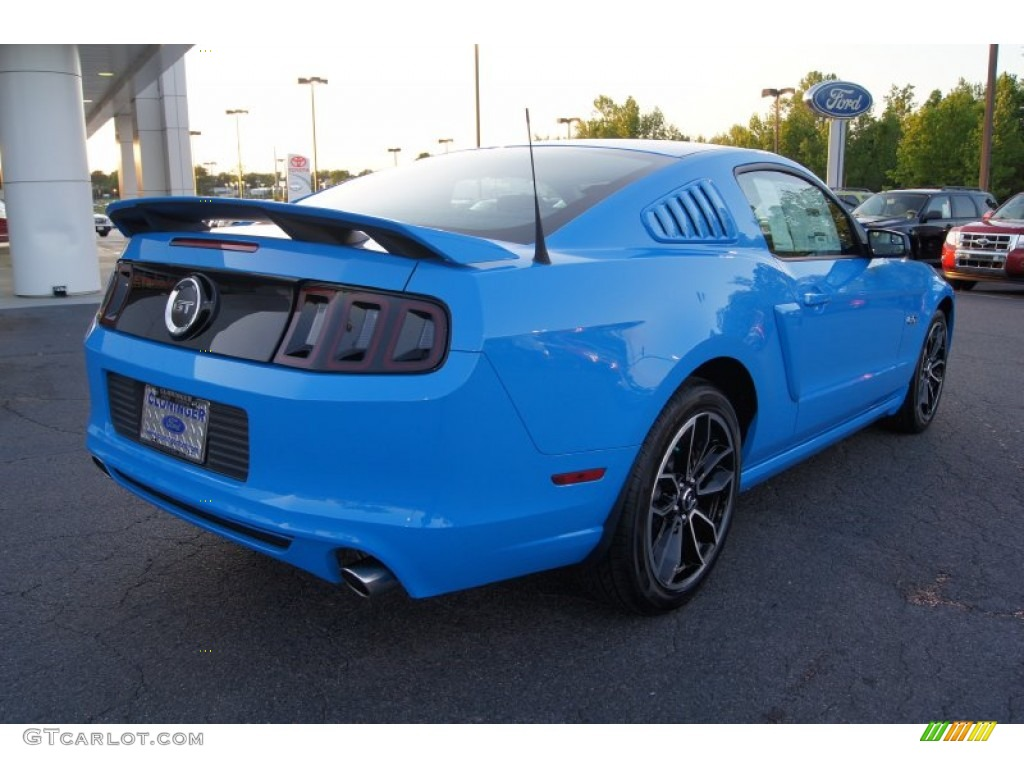 Grabber blue 2013 ford mustang gt premium coupe exterior photo 64297550