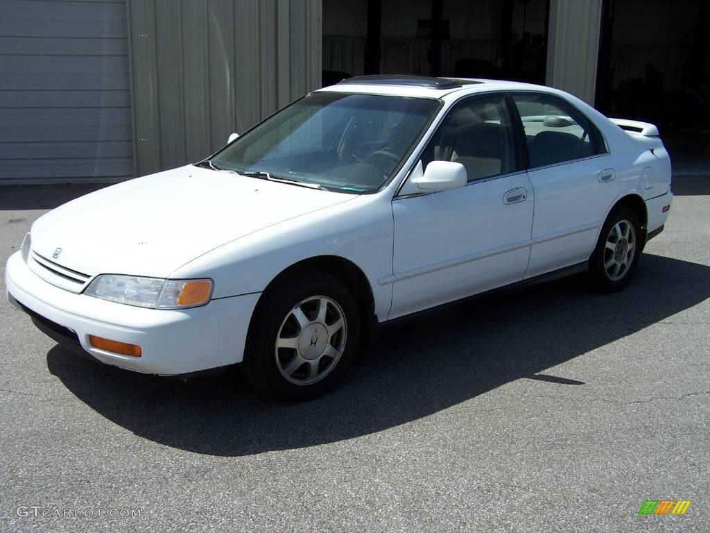 1995 frost white honda accord ex sedan 6413227 gtcarlot com car color galleries gtcarlot com
