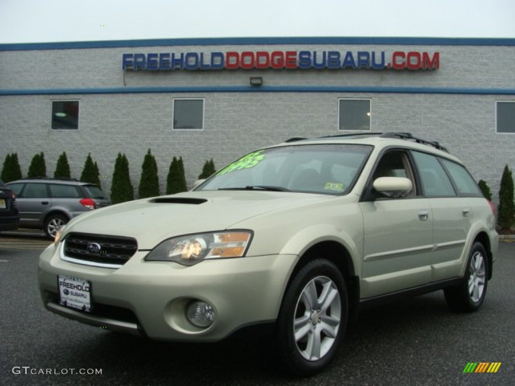 2005 champagne gold opal subaru outback 25xt limited wagon 2005 outback 25xt limited wagon champagne gold opal taupe photo 1 vanachro Images