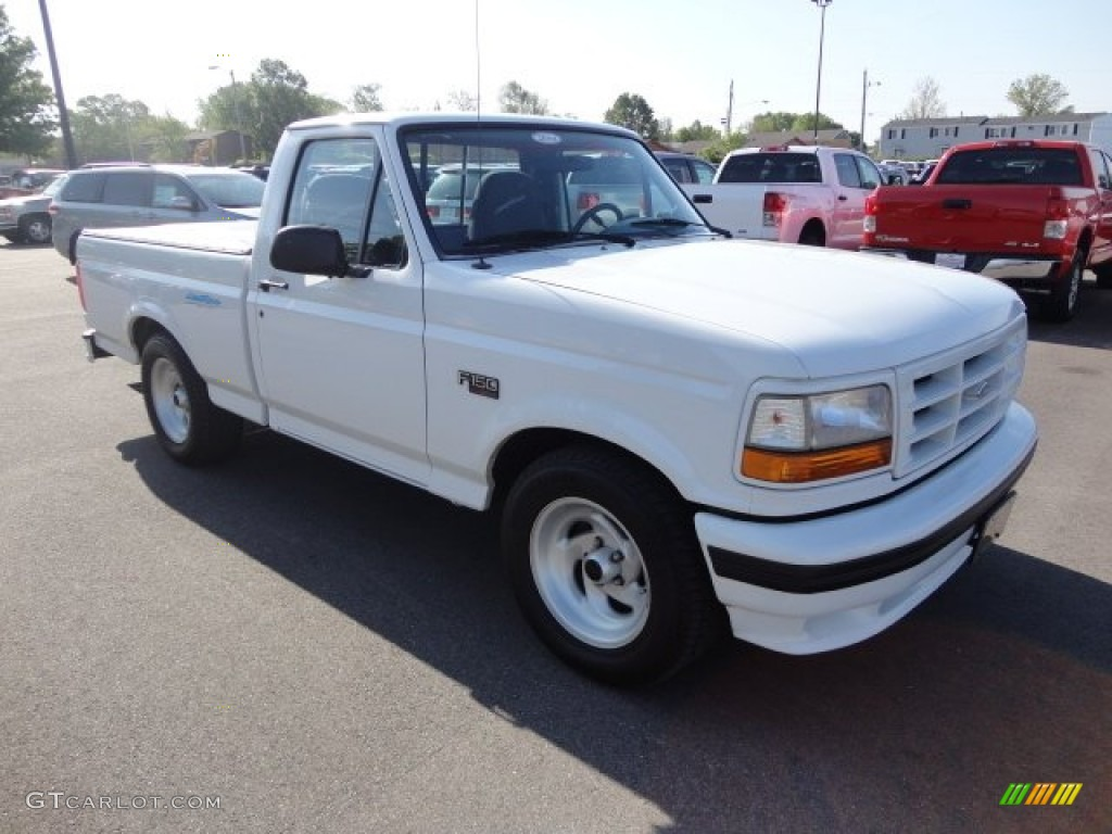 oxford white 1995 ford f150 svt lightning exterior photo 64362378