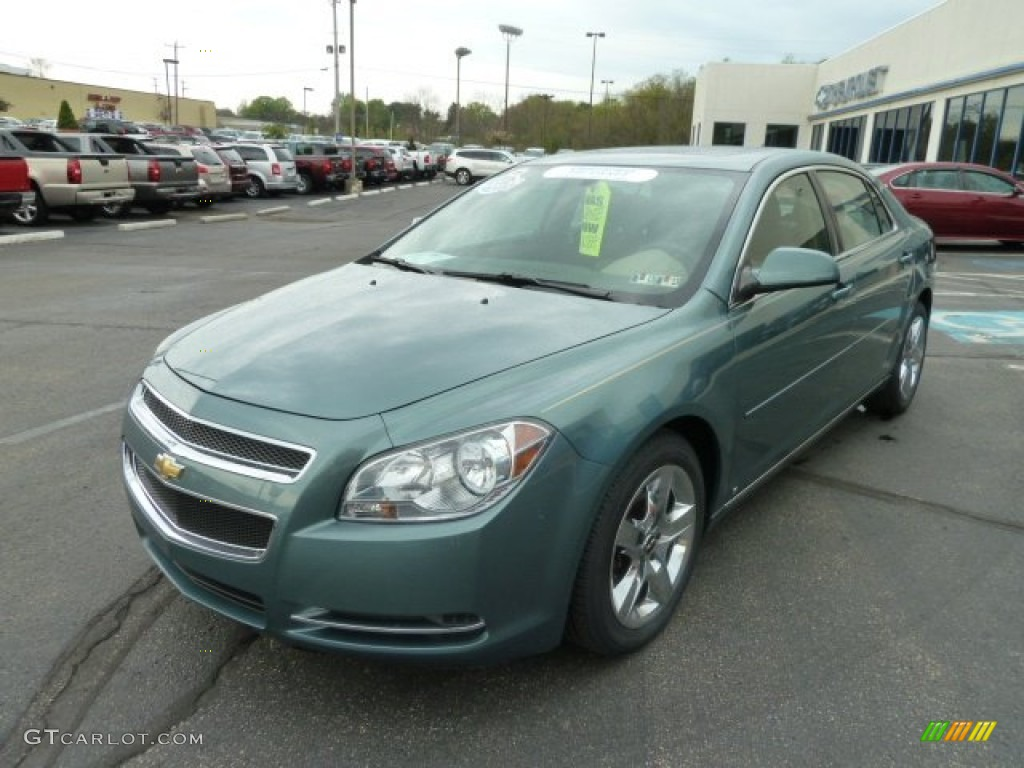 Silver Moss Metallic 2009 Chevrolet Malibu Lt Sedan