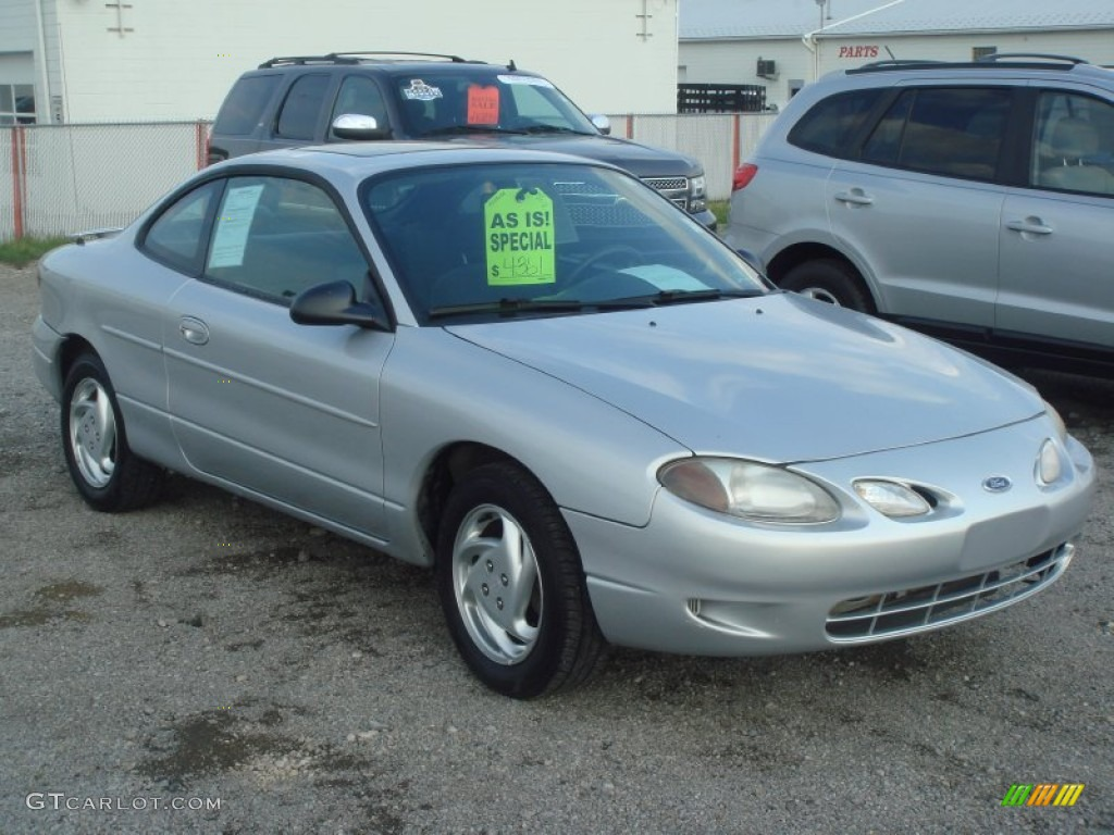 Silver frost metallic 2000 ford escort zx2 coupe exterior photo 64544097