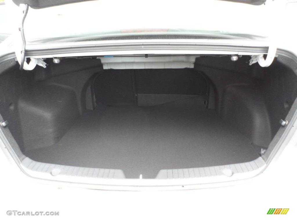 2013 Hyundai Sonata SE Trunk Photos