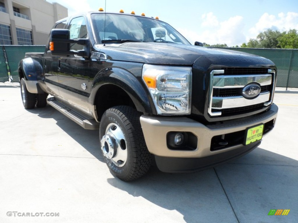 2012 tuxedo black metallic ford f350 super duty king ranch crew cab 4x4 dually 64821561. Black Bedroom Furniture Sets. Home Design Ideas