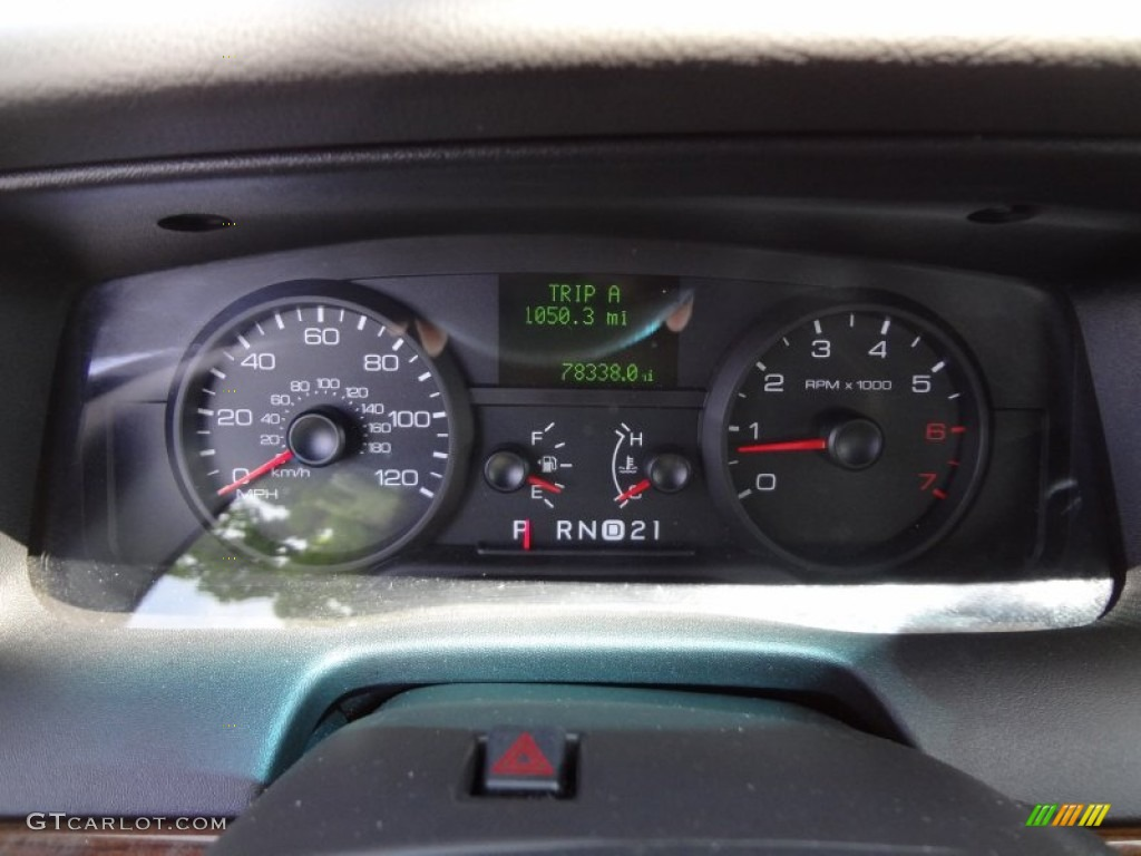 Gauge swap in an 05 Ford Crown Vic P71 (x-post r