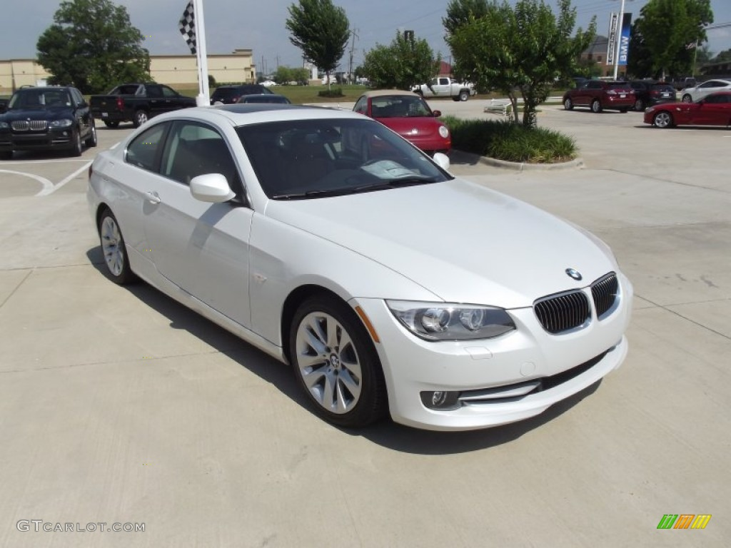 mineral white metallic 2012 bmw 3 series 328i coupe. Black Bedroom Furniture Sets. Home Design Ideas