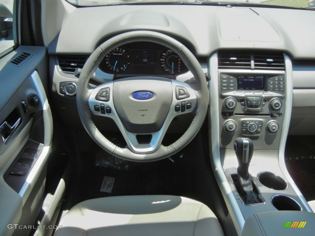 Ford Edge Sel Medium Light Stone Dashboard Photo