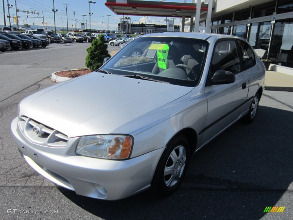 2001 silver mist hyundai accent l coupe 64975730. Black Bedroom Furniture Sets. Home Design Ideas