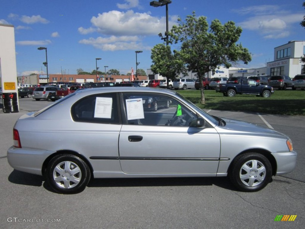 Silver Mist 2001 Hyundai Accent L Coupe Exterior Photo