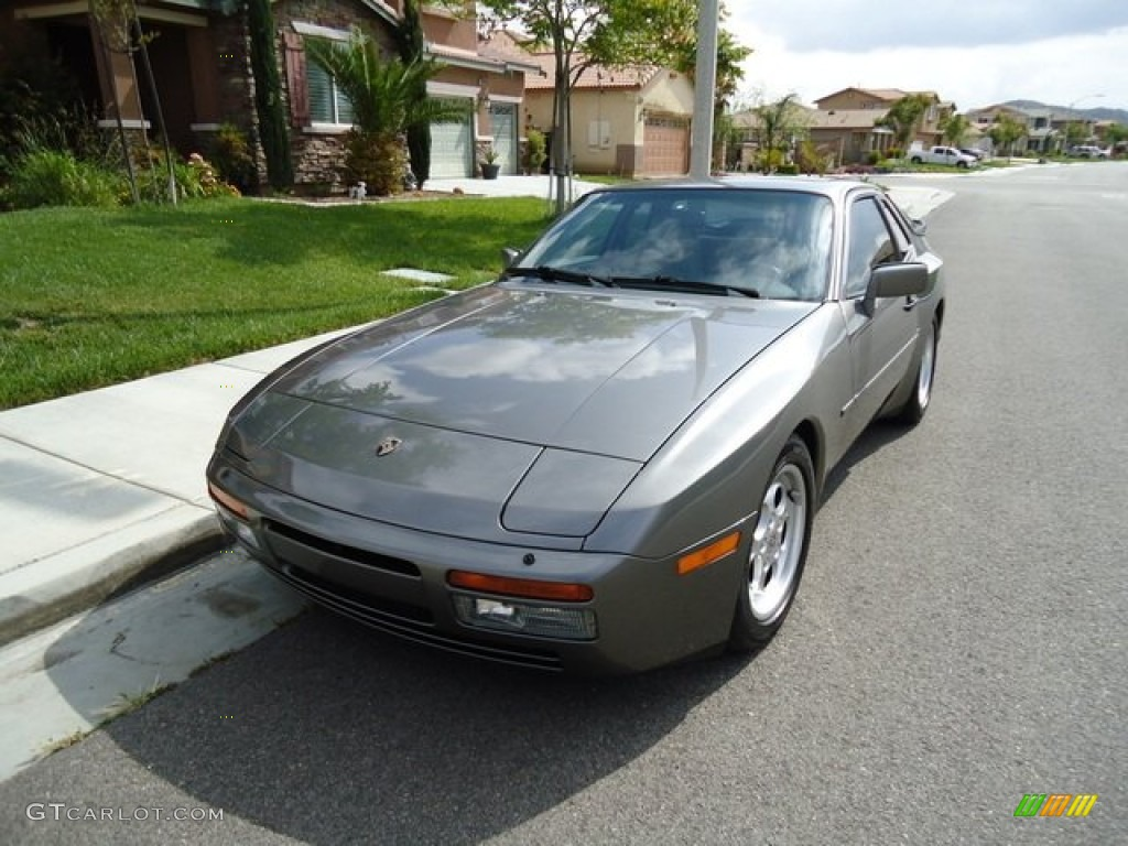 1986 Stone Grey Metallic Porsche 944 Turbo 65138265