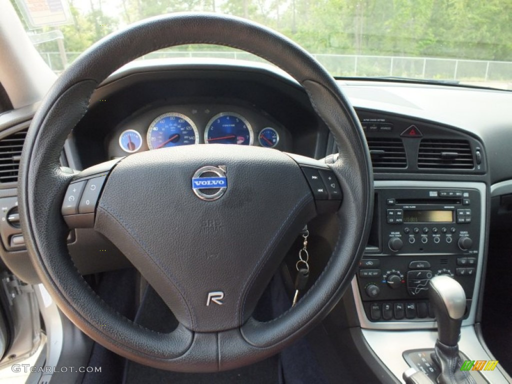 2006 Volvo S60 R AWD Nordkap Blue R Metallic Steering Wheel Photo #65290871   GTCarLot.com