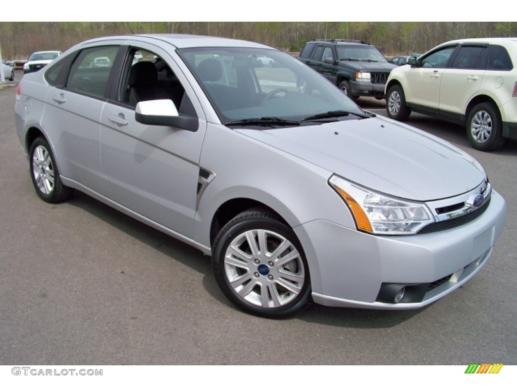 Silver frost metallic 2008 ford focus se sedan exterior photo 65318729