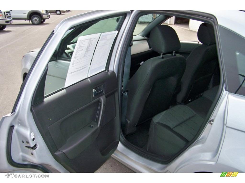 Medium Stone Interior 2008 Ford Focus Se Sedan Photo 65318831