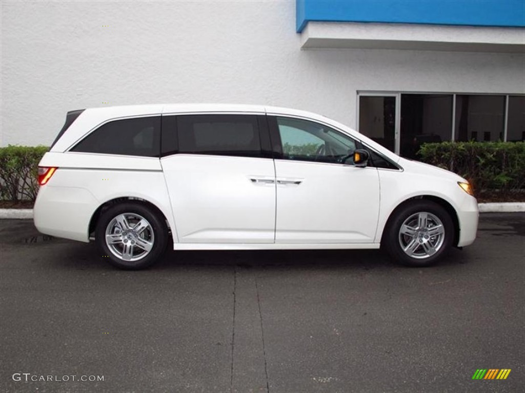 Black Cherry Pearl Car Paint ... Honda Odyssey Touring - White Diamond Pearl Color / Truffle Interior