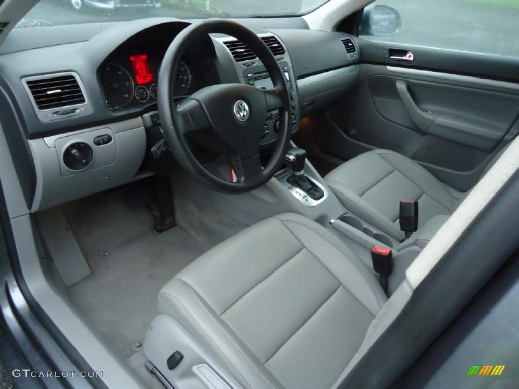 Anthracite interior 2005 volkswagen jetta gls tdi sedan photo 65449853