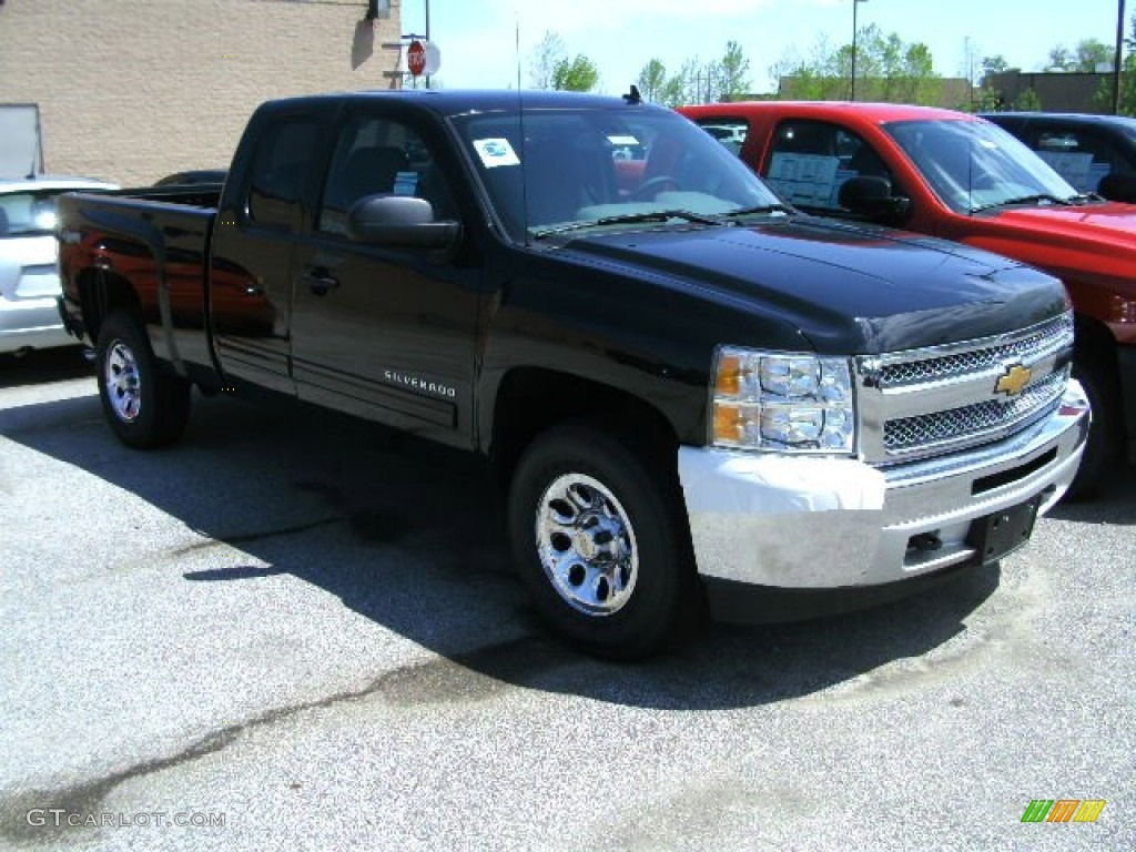 2012 Silverado 1500 LS Extended Cab 4x4 - Black / Dark Titanium photo #1