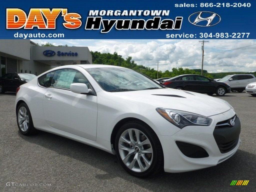 2013 Genesis Coupe 2.0T Premium - Monaco White / Gray Leather/Gray Cloth photo #1