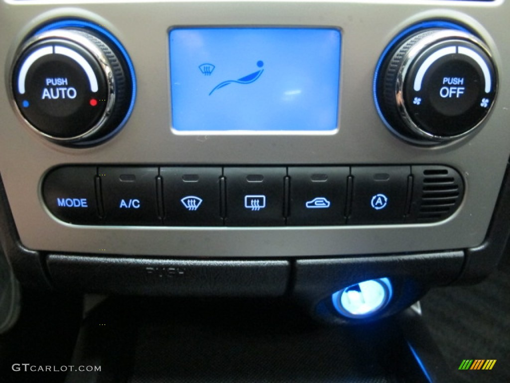 2008 Hyundai Tiburon GT Controls Photo #65644810