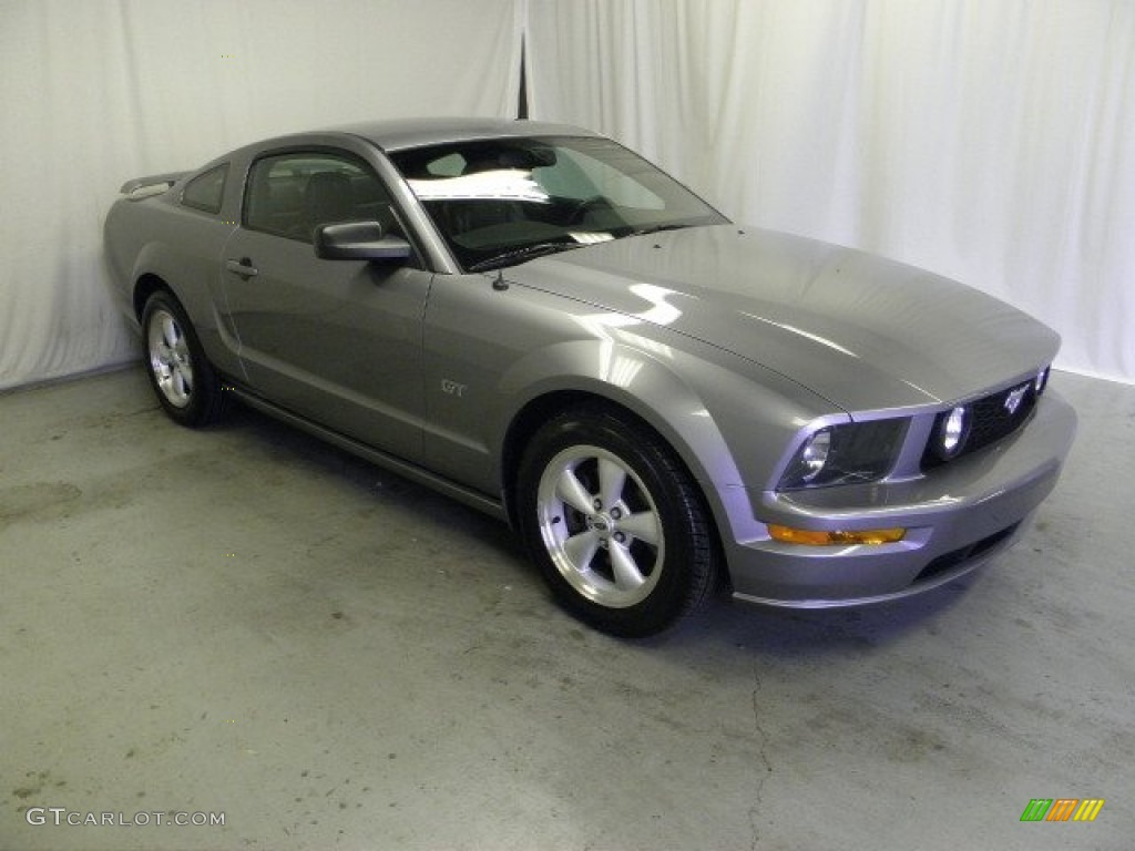2007 Mustang GT Premium Coupe - Tungsten Grey Metallic / Dark Charcoal photo #1