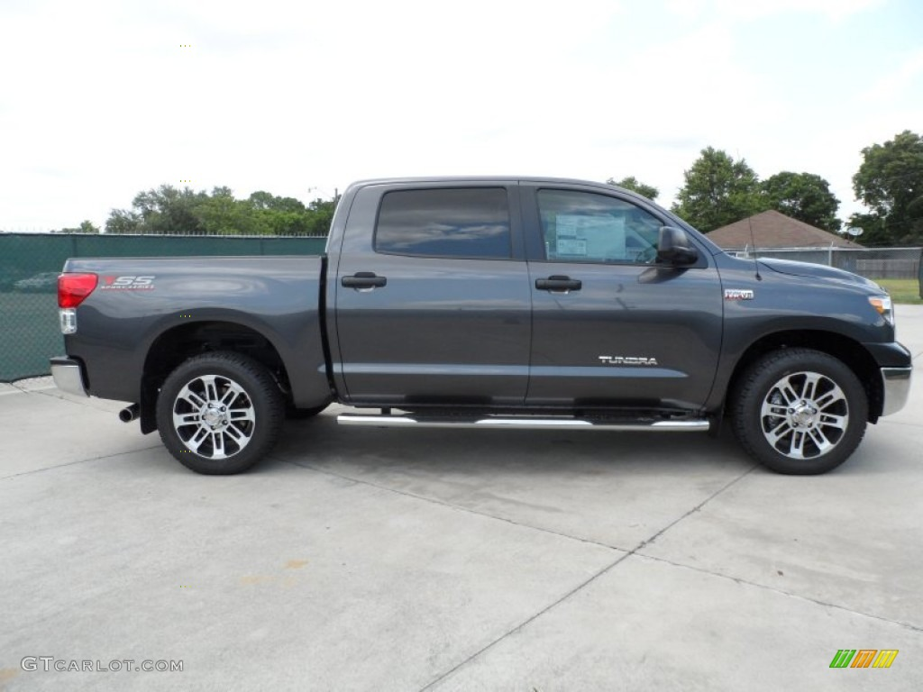 292017696605 moreover In Pictures 2016 Toyota Tundra Pro Crewmax All Blacked Out besides Interior 61802243 as well 271430773793 together with Watch. on toyota tundra window motor