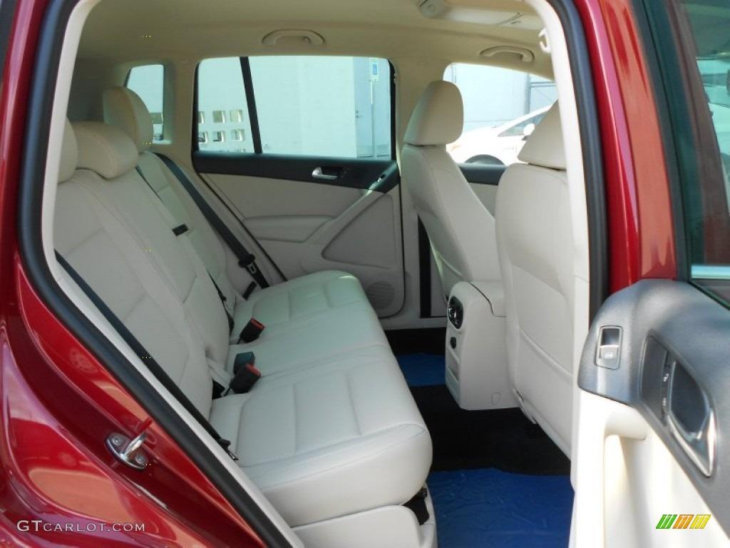 2012 Volkswagen Tiguan SE interior Photos | GTCarLot.com