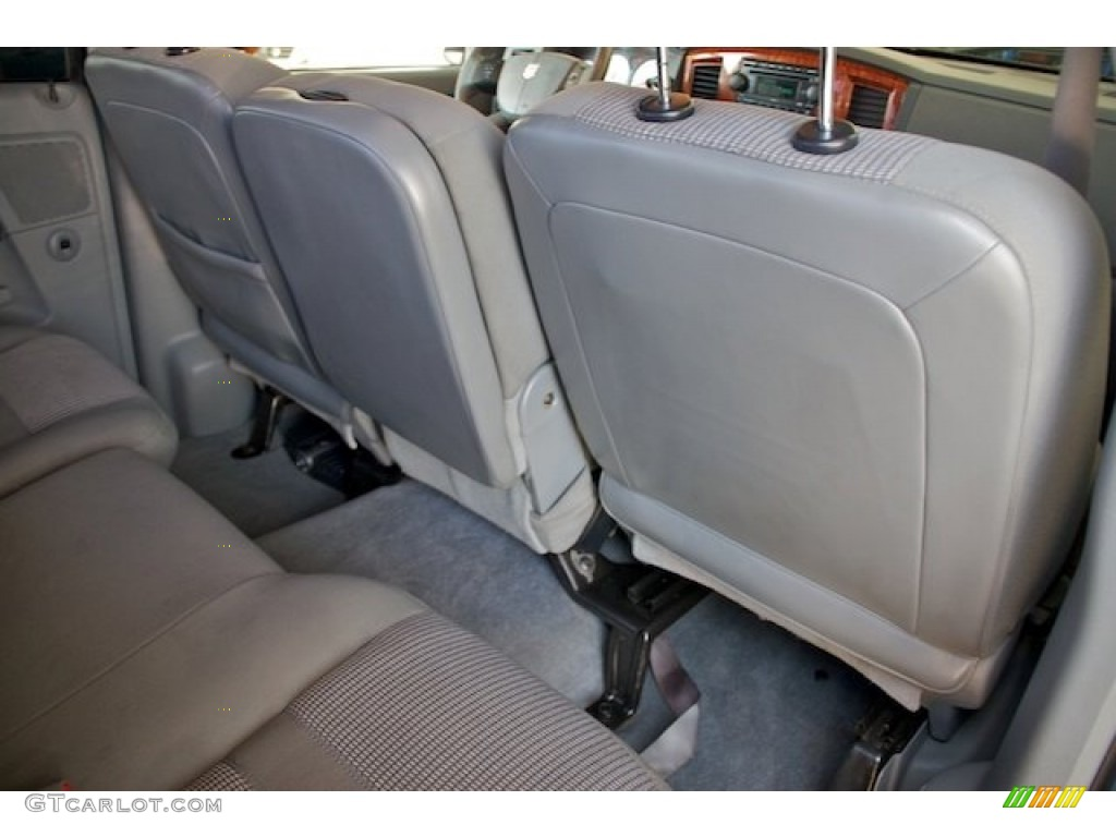 2006 Ram 1500 SLT Quad Cab 4x4 - Patriot Blue Pearl / Khaki Beige photo #20