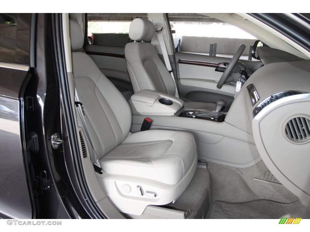 Cardamom beige interior dashboard for the 2013 audi q7 3 0 tdi for Elk mountain motors glenwood audi