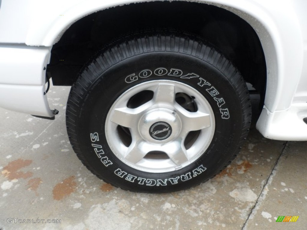 2000 Ford Explorer Limited Wheel Photo #65957987