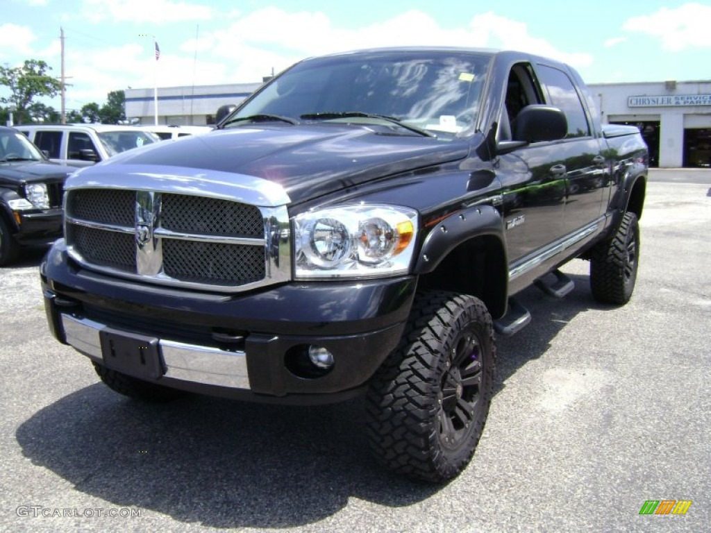 2008 Ram 1500 Laramie Mega Cab 4x4 - Brilliant Black Crystal Pearl / Medium Slate Gray photo #1
