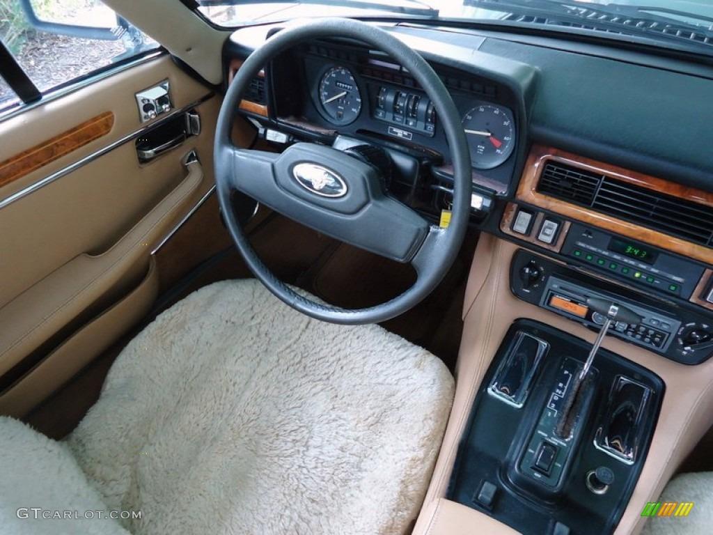 1986 Jaguar Xj Xjs Coupe Beige Dashboard Photo 66068957