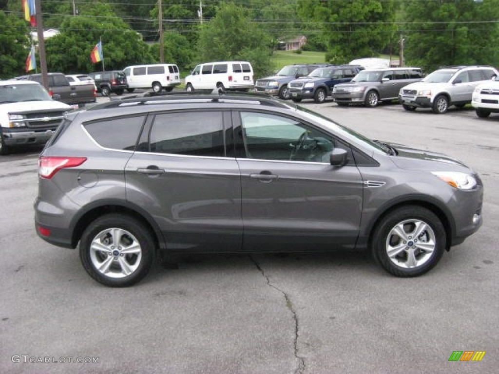 Sterling gray metallic 2013 ford escape se 1 6l ecoboost 4wd exterior photo 66090060