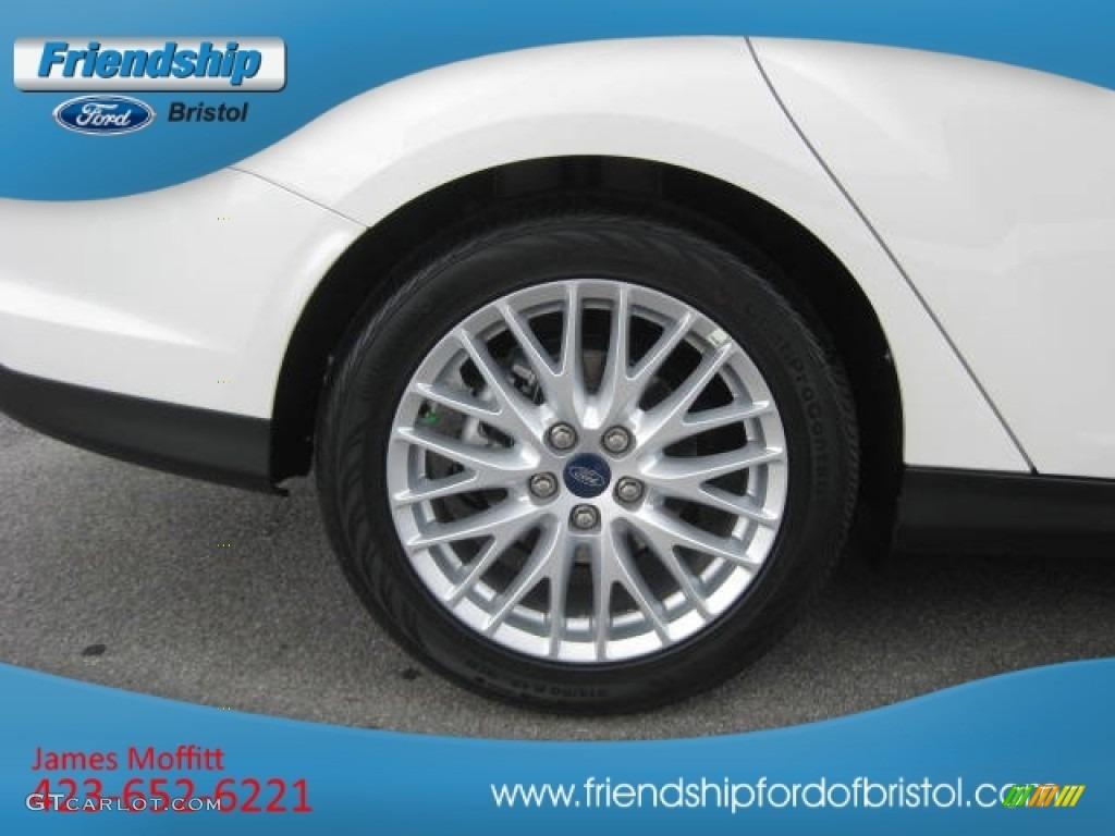 2012 Focus SEL Sedan - White Platinum Tricoat Metallic / Charcoal Black Leather photo #11