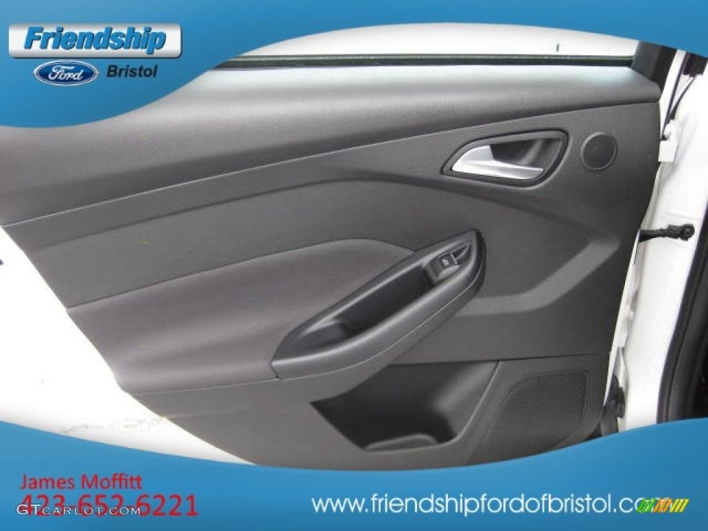 2012 Focus SEL Sedan - White Platinum Tricoat Metallic / Charcoal Black Leather photo #20