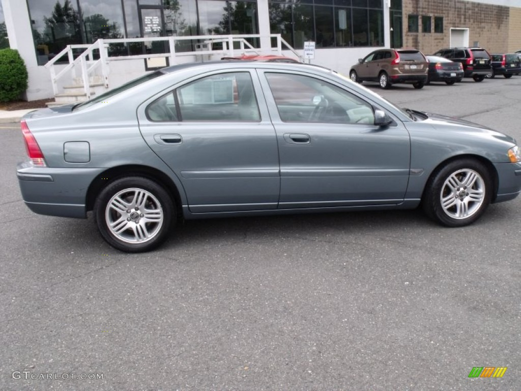 2005 platinum green metallic volvo s60 2 5t awd 66080315 photo 2 car color. Black Bedroom Furniture Sets. Home Design Ideas