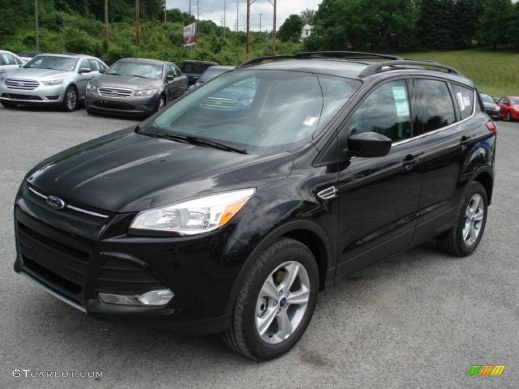 tuxedo black metallic 2013 ford escape se 2 0l ecoboost 4wd exterior photo 66146582. Black Bedroom Furniture Sets. Home Design Ideas