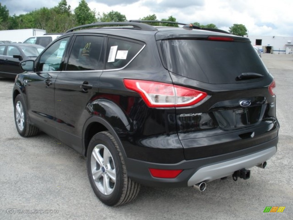 tuxedo black metallic 2013 ford escape se 2 0l ecoboost 4wd exterior photo 66146603. Black Bedroom Furniture Sets. Home Design Ideas